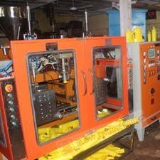 2 Ltrs. Jerrycans Blow Molding Machine (₹ 5 Lakh - 60 Lakh)