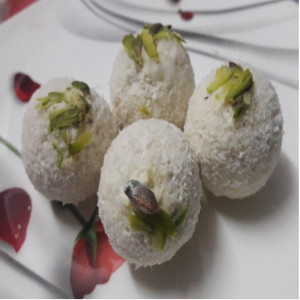 Coconut Dryfruit Ball (Pack of 250gm)