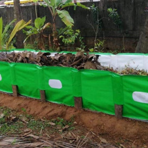 Mipatex 450 GSM HDPE Organic Vermi Compost Maker Bed, 8ft x 4ft x 2ft (Green)